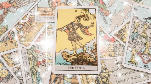 10 Oracle Card Decks to Add to Your Tarot Card Practice ASAP | StyleCaster