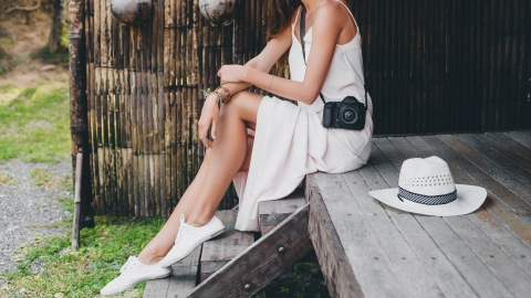 Summer Dresses That Are Effortlessly Cool & Universally Flattering   StyleCaster