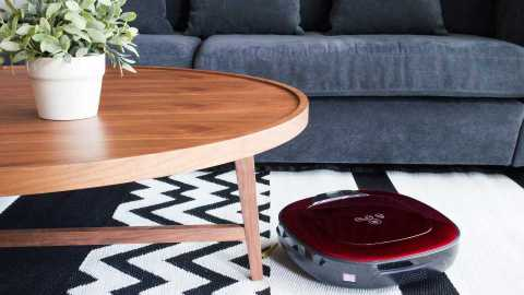 Quiet & Compact Vacuum Cleaners For Small Spaces | StyleCaster