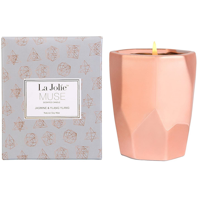 candles for bedroom la jolie muse These Soothing Candles for Your Bedroom Are Like Aromatic Lullabies