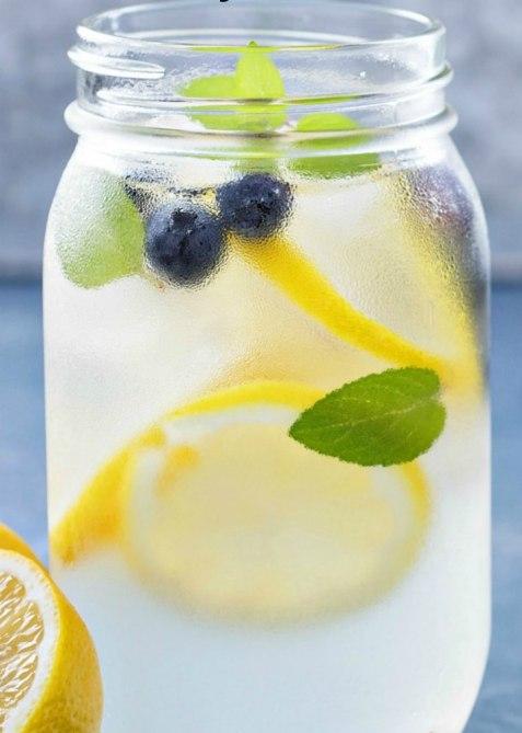 ezebreezy blueberry lemon mint water