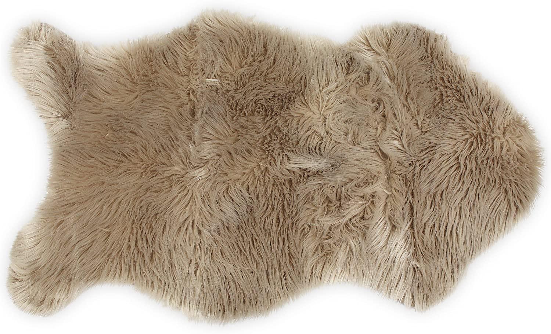 Nouvelle Legende Sheepskin rug