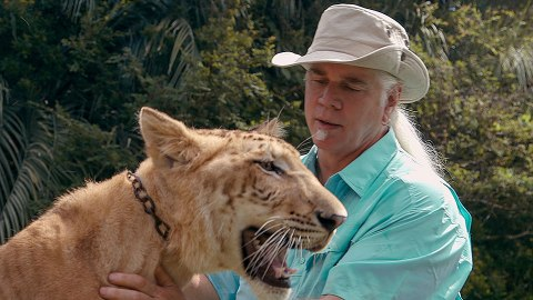This Update on Doc Antle's Life After 'Tiger King' Is Nothing Short of Wild | StyleCaster