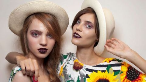 7 Viral TikTok Beauty Trends to Try at Home This Weekend | StyleCaster