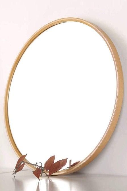 STYLECASTER | Mirror Challenge Photo Trend | wooden frame mirror