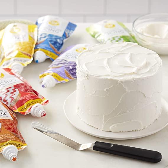 STYLECASTER | Tiger King Cake