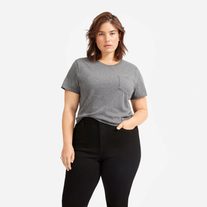 STYLECASTER | Everlane Sale May 2020 | gray t-shirt