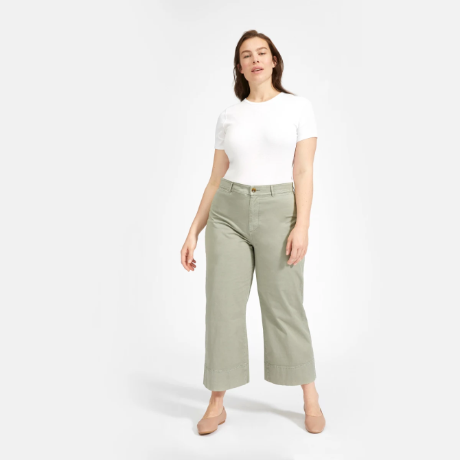 STYLECASTER | Everlane Sale May 2020 | green chinos