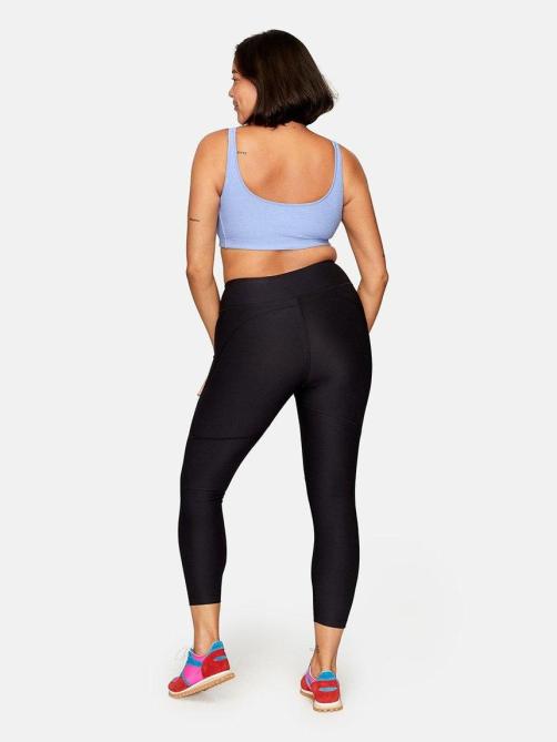 STYLECASTER | Butt-Lifting Leggings