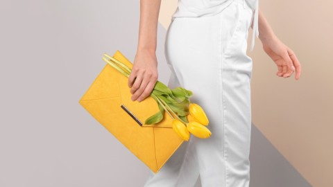 Elegant Envelope Clutches That Can Go from Day to Night | StyleCaster