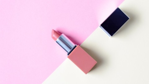 Super Cool Mini Lipstick Sets to Treat Yourself With | StyleCaster