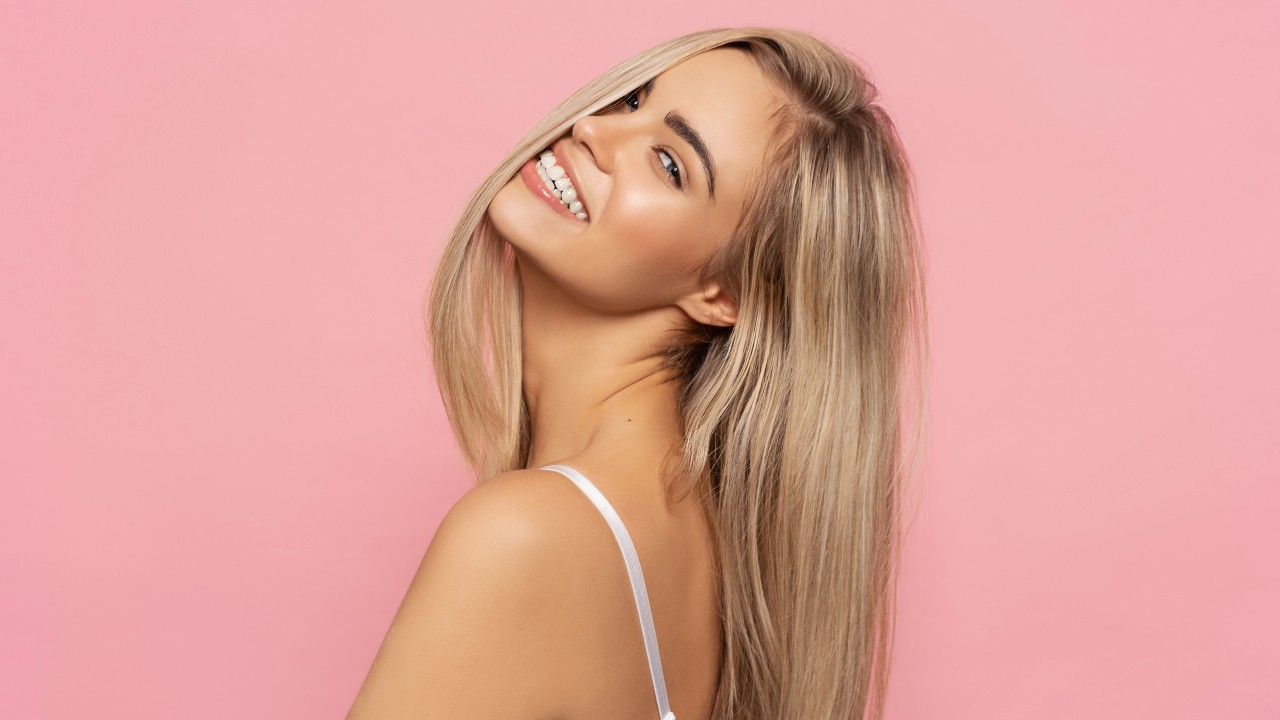 Colorists Actually Use These Brass-Banishing Shampoos to Tone Blondes