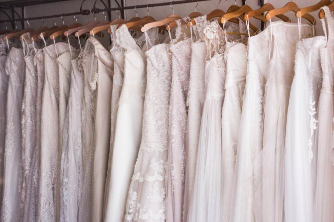 STYLECASTER | how to plan a wedding online