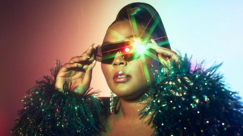 This Quay x Lizzo Sunglasses Collab Can Take All My Money   StyleCaster