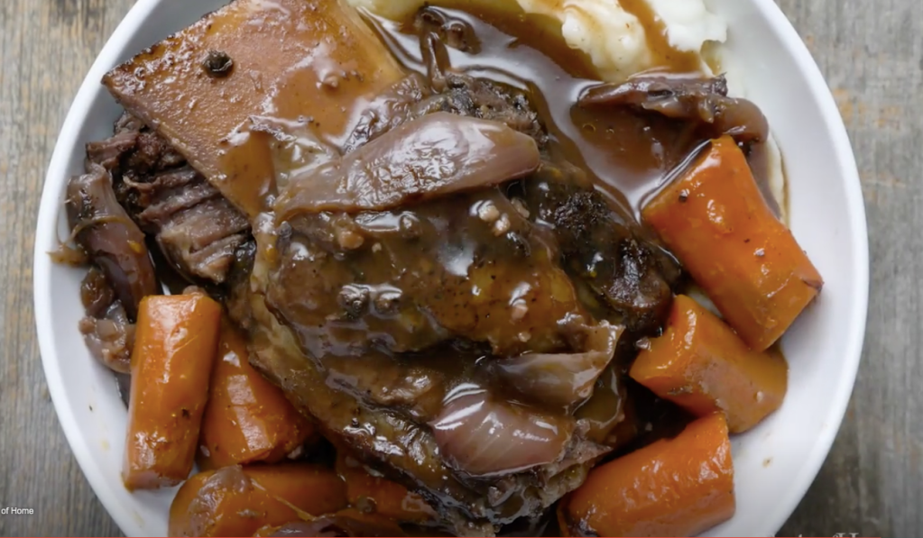 STYLECASTER | gluten-free slow cooker recipes | slow cooker short ribs
