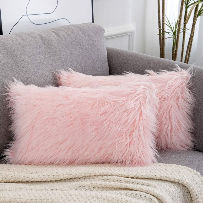 WLNUI Set of 2 Spring Decorative Lumbar Pink Fluffy Pillow Covers