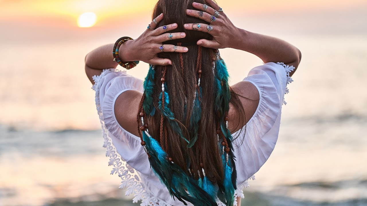 DIY Feather Extensions to Switch up Your Look on a Budget