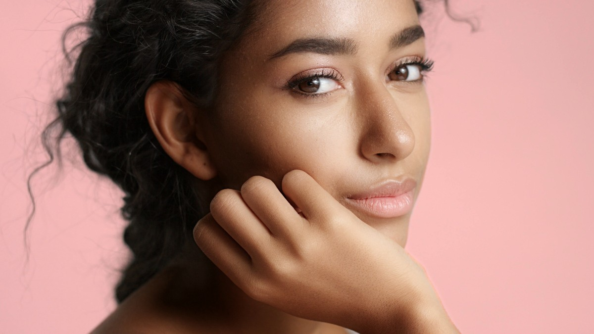 The Best Oil-Controlling Cleansers That Won't Irritate Sensitive Skin