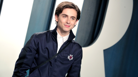 Timothée Chalamet Is Hooking Up With Eiza González & Their Poolside Kiss Was Steamy | StyleCaster