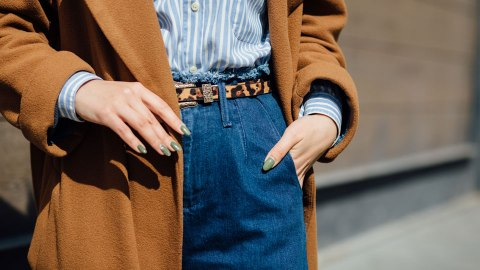 10 Foolproof Pairs of Jeans To Buy If You Have a Long Torso & Short Legs | StyleCaster