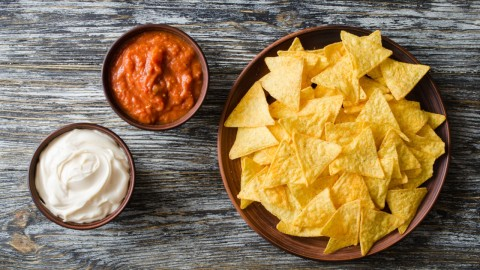 Chip and Dip Bowl Sets That Are Party Must-Haves | StyleCaster