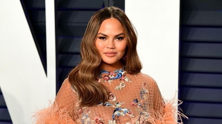 Chrissy Teigen Just Revealed the Exact Face Oil She Uses—And It's My Fave, Too