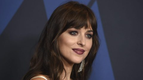 Dakota Johnson's Dating History Might Confirm the Theory that She Came Out as Bisexual | StyleCaster