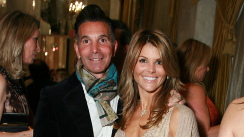Lori Loughlin & Mossimo Giannulli Have Asked a Judge to Reduce Their $1M Bonds | StyleCaster