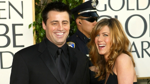 Um, Jennifer Aniston & Matt LeBlanc Used to Make Out in the 'Friends' Dressing Rooms | StyleCaster