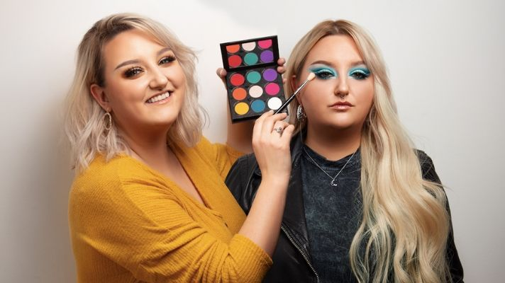 After Completely Selling Out, Raw Beauty Kristi's Makeup Collection With PÜR Is Back
