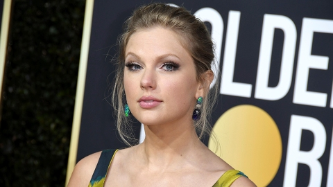The 50 Best Taylor Swift 'Folklore' Lyrics to Put as Your Instagram Captions Now   StyleCaster