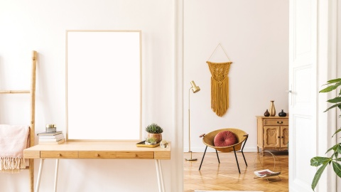 Leaning Desk Shelves are the Space-Saving Solution Every Studio Needs | StyleCaster