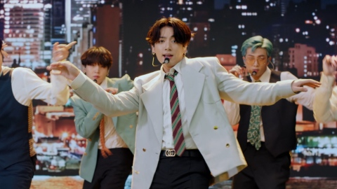 BTS' First-Ever VMAs Performance Was as Explosive as We Expected   StyleCaster