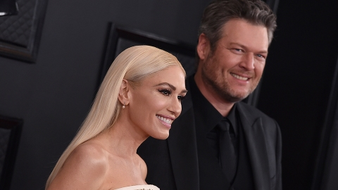 Gwen Stefani's Reaction to Dua Lipa Mistaking Blake Shelton as Her 'Husband' Is Priceless | StyleCaster
