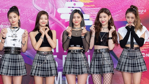 Here's How ITZY's 5 Members Were Discovered Before They Became K-Pop Stars | StyleCaster