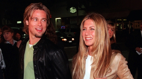 Jennifer Aniston & Brad Pitt Are Reuniting For a New Project 15 Years After Their Divorce | StyleCaster
