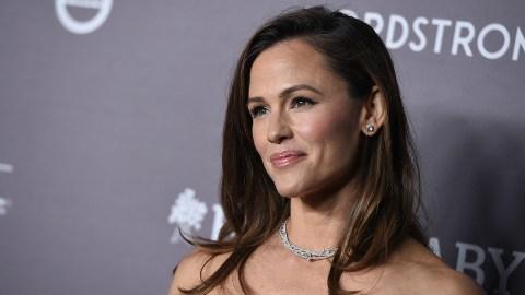 Jennifer Garner Just Hung Out With Bradley Cooper After Her Breakup With John Miller | StyleCaster