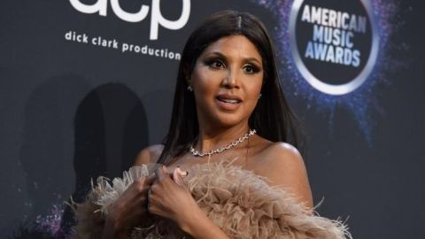 Toni Braxton Uses a Vibrator to Prep Her Skin for Makeup and...Well, Okay | StyleCaster