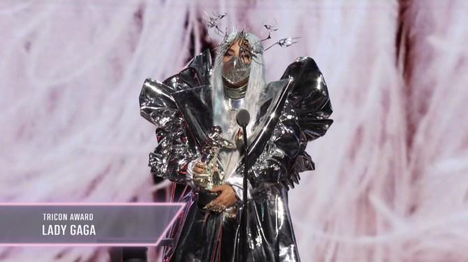 STYLECASTER | Lady Gaga Face Mask VMAs