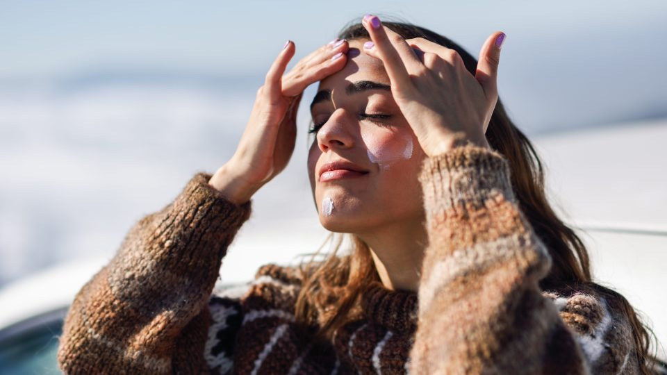 What's the Difference Between Physical and Chemical Sunscreen, Anyway? | StyleCaster