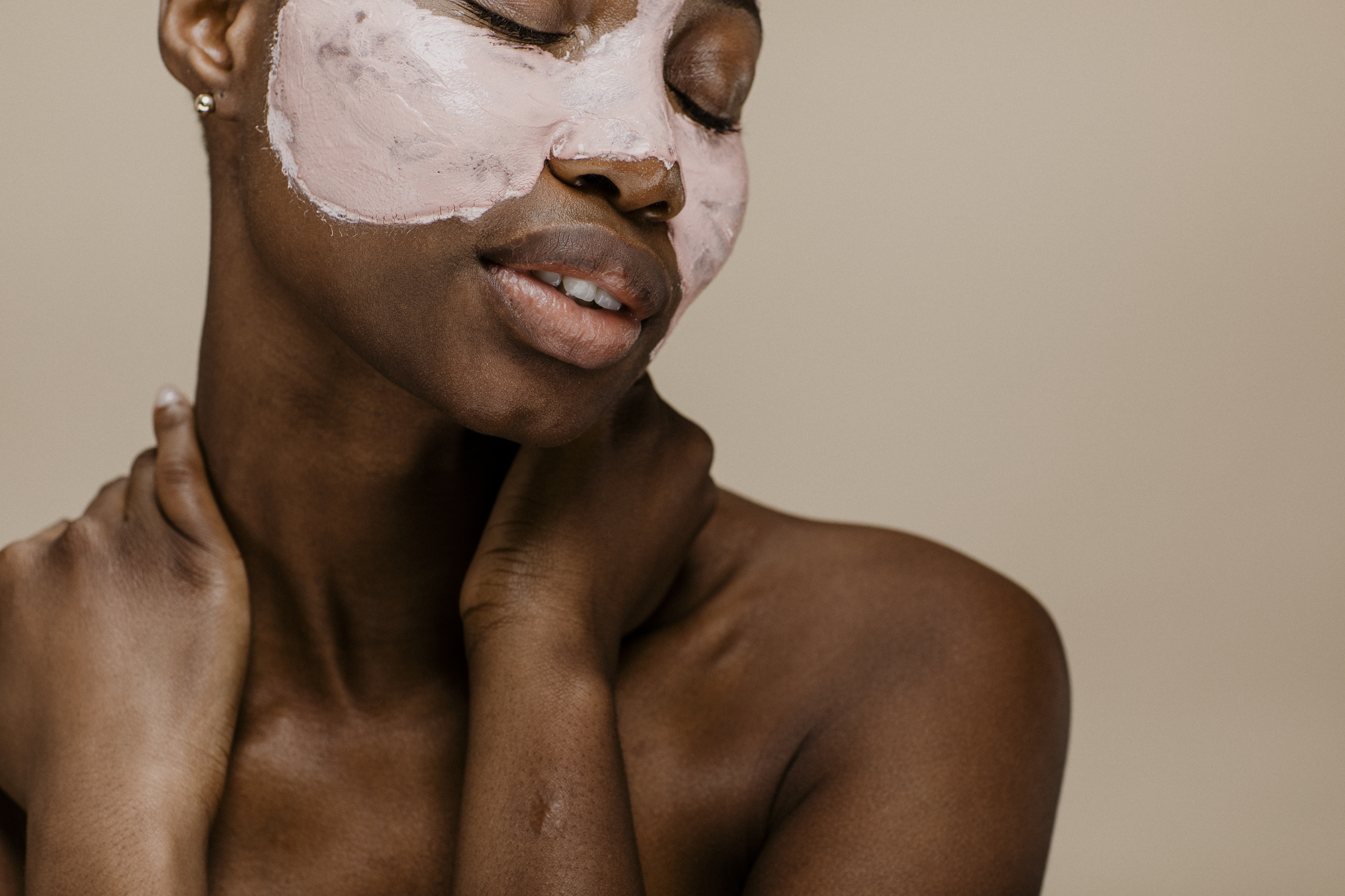 Brightening Face Masks for the Ultimate Overnight Glow Up
