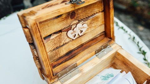 Wedding Card Boxes That You Need at Your Reception   StyleCaster
