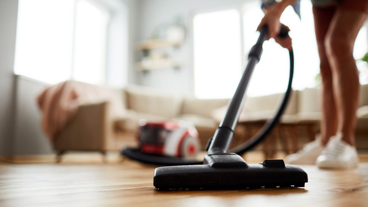 Quiet & Compact Vacuum Cleaners For Small Spaces