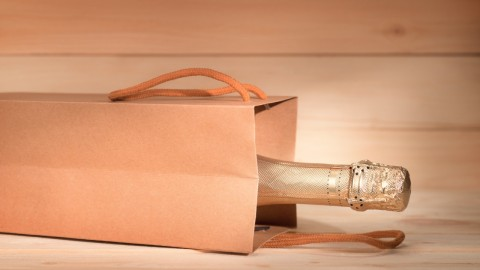 Cute Wine Gift Bags for the Next Party on Your Calendar | StyleCaster