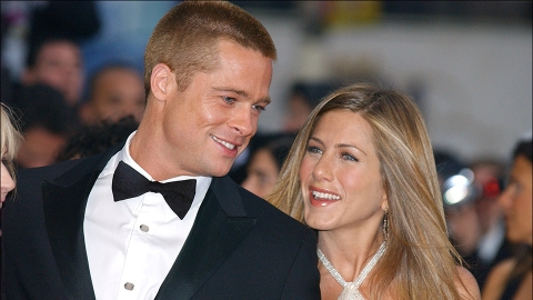 Jennifer Aniston Called Brad Pitt 'So Sexy' During a Table Read & We're Blushing | StyleCaster