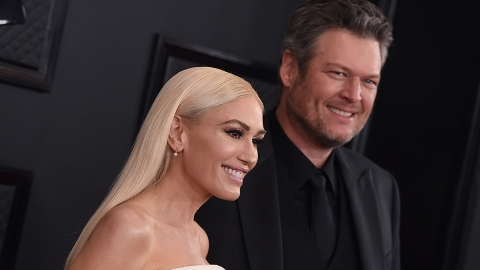 Gwen Stefani Just Photoshopped Blake Shelton Over a Picture of Her Ex-Husband | StyleCaster