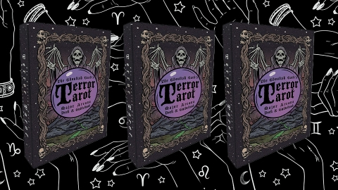 Get Your Spooky Season Tarot Reading With These Novelty Halloween Decks | StyleCaster