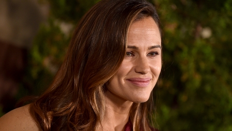 Jennifer Garner Had the Best Response to Rumors She's Pregnant With Her Ex's Baby   StyleCaster