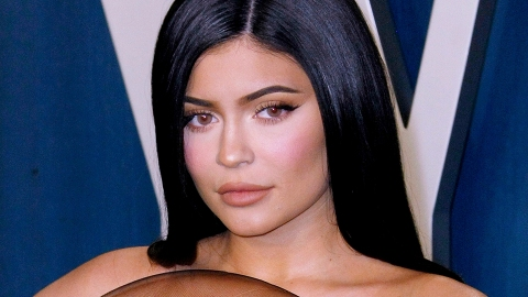 Kylie Jenner's Rose Gold Electric Toothbrush Is On Major Sale RN | StyleCaster