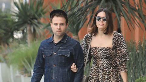 Mandy Moore Is Pregnant & Expecting Her 1st Child With Husband Taylor Goldsmith | StyleCaster